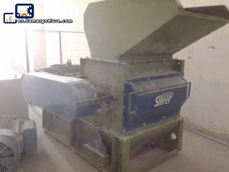 Conjunto de máquinas para la producción de fibra y minerales